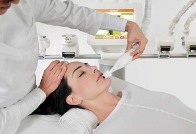 ICOONE терапията извайва лицето и тялото